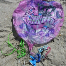 balloons cause pollution