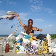 16 balloons - beach cleanup 2-23-13