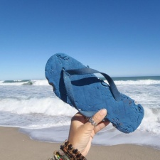Bit-up flip-flop found on Florida Beach