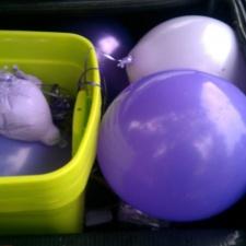 latex balloons litter
