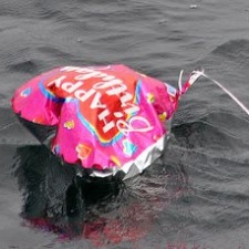 mylar balloon offshore - Plymouth, MA