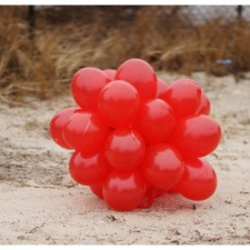 latex balloon bouquet pollution